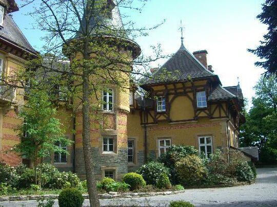 Beispiel: Außenansicht, Foto: Villa Rothschild.