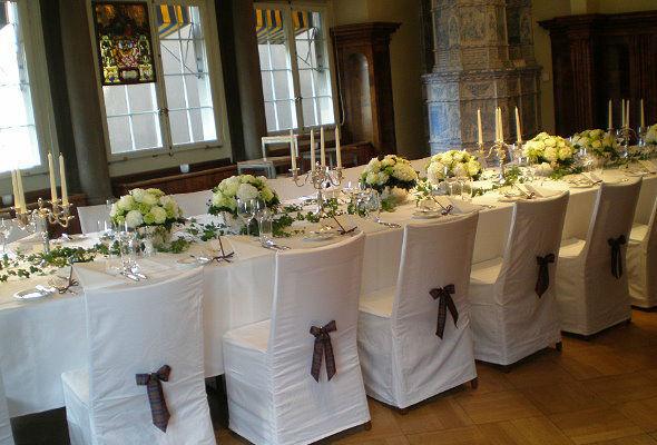 Beispiel: Hochzeitsfloristik, Foto: Blumenzauber.