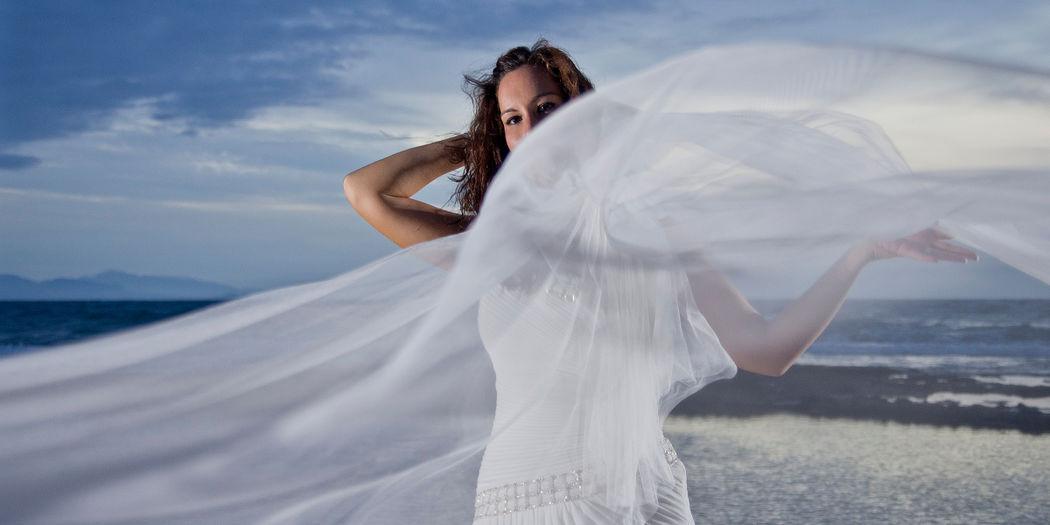Lorena & Matías, El Campello. Una post-boda puede ser como tú quieras que sea, sólo necesitas decirlo para que se haga realidad.