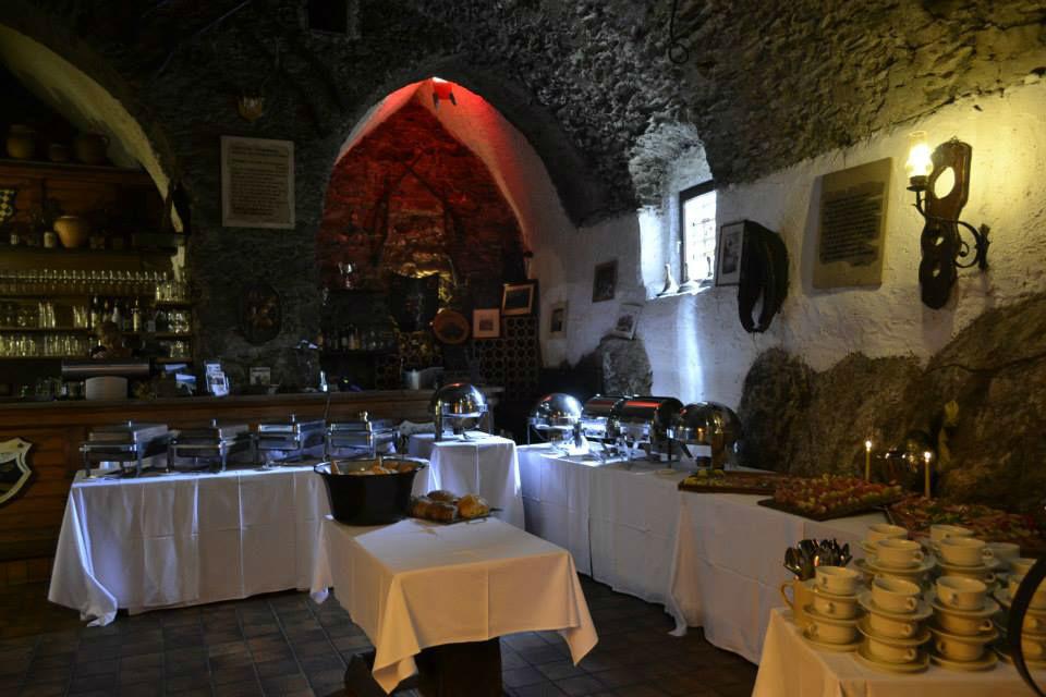 Beispiel: Buffet, Foto: Burg Sommeregg.
