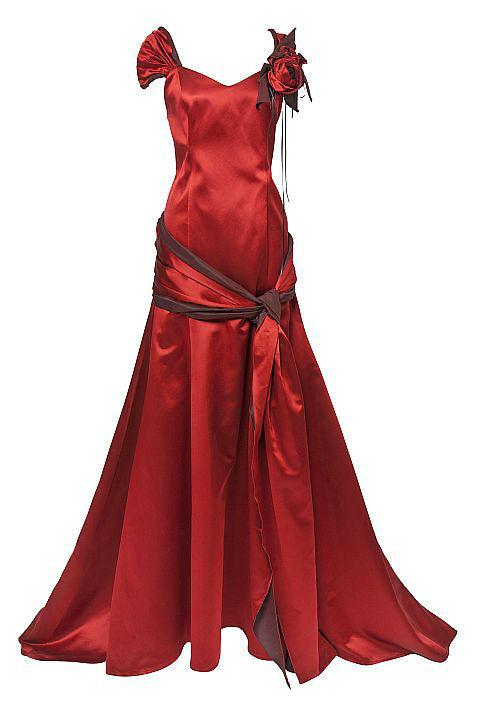 Beispiel: Unikate nach den Wünschen der Kunden, Foto: Ella Deck Couture Abendmode.