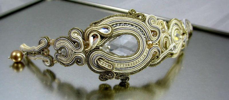 Małgorzata Sowa - PiLLow Design, Biżuteria ślubna sutasz. Bransoleta - kryształy Swarovski, cyrkonie, perły Swarovski