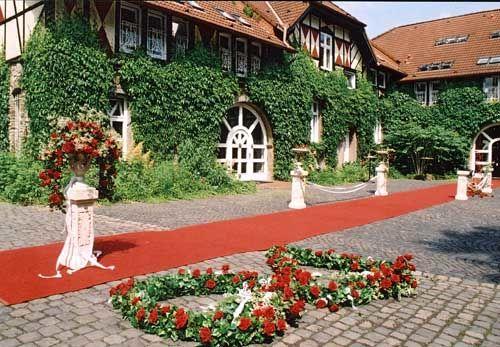 Beispiel: Hof festlich geschmückt, Foto: Rittergut Haus Laer.