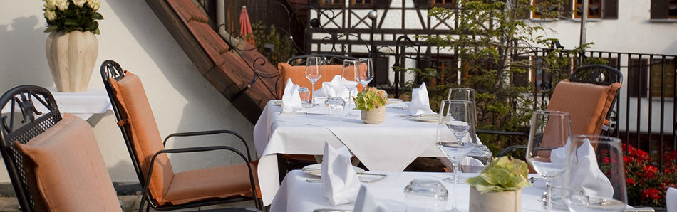 Beispiel: Terrasse, Foto: Traube Romantisches Hotel & Restaurant.