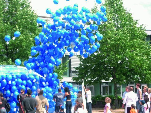 Beispiel: Luftballons blau, Foto: Ballon AS.