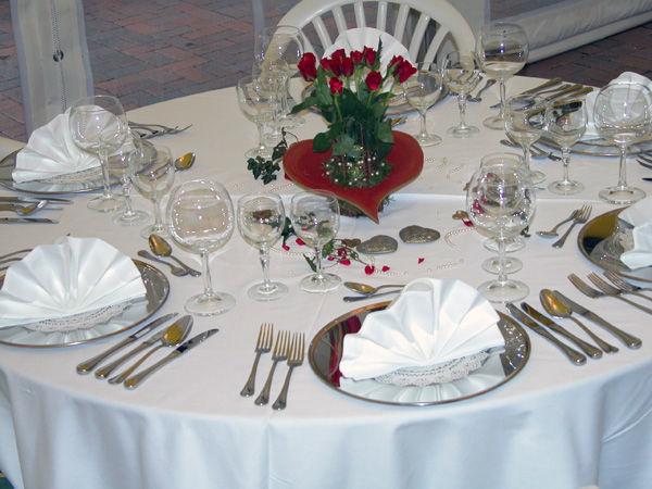 Beispiel: Tischdekoration, Foto: Landhaus Lindenhof.
