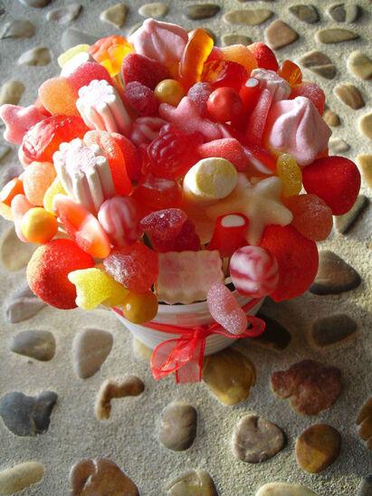 Mi mundo de las golosinas  Una manera original de ofrecer golosinas en vuestra boda Realizan decoraciones en el restaurante o lugar de la celebración dentro de Mallorca con posibilidad de envío a la peninsula con MRW