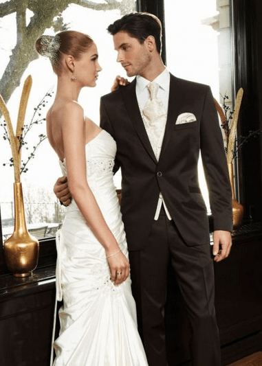 Beispiel: Brautpaar, Foto: David´s Mode.
