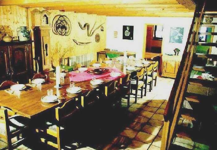 Beispiel: Esstisch, Foto: Griesgethof.