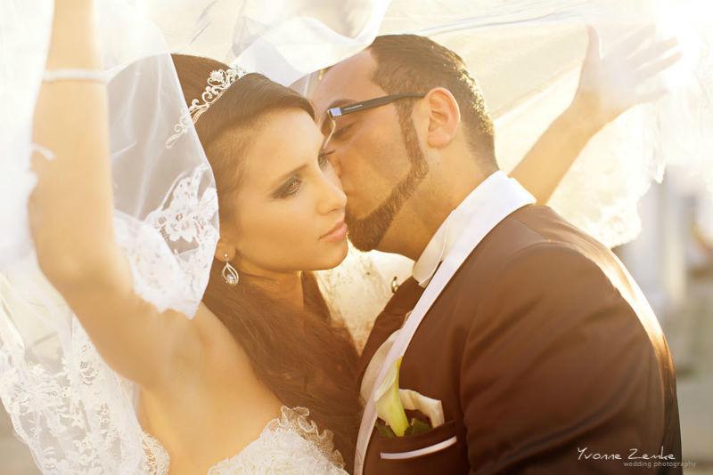 Beispiel: Tolle Lichteffekte für Ihre Hochzeitsfotos, Foto: Yvonne Zemke wedding photography.