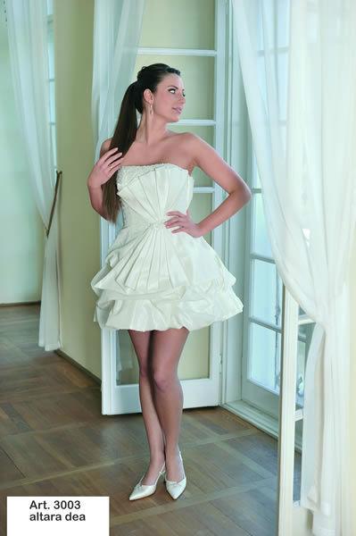 Beispiel: Brautmode mit Qualität, Foto: Minder Mode.