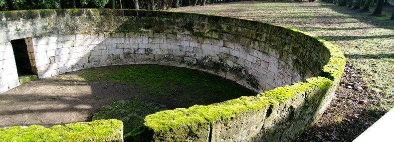 Les Arènes du Château de Candes Saint Martin