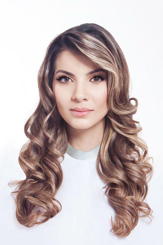 Juliana Moreno Angelo Steel Estilista & Maquillador Profesional http://angelosteel.com