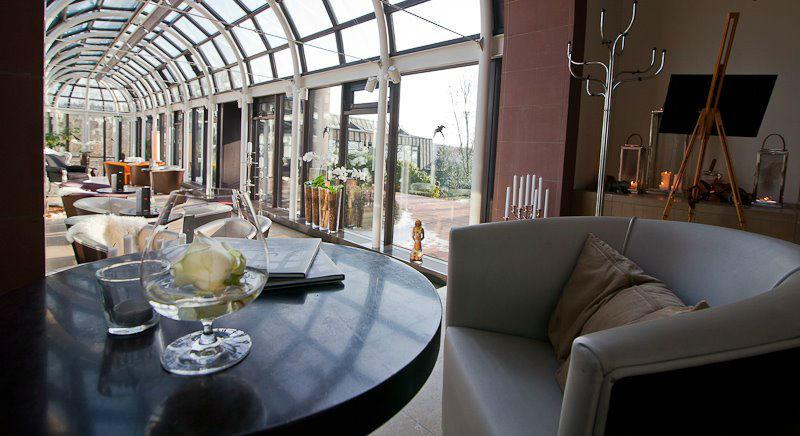 Beispiel: Eingangsbereich, Foto: Schlosshotel Rettershof.