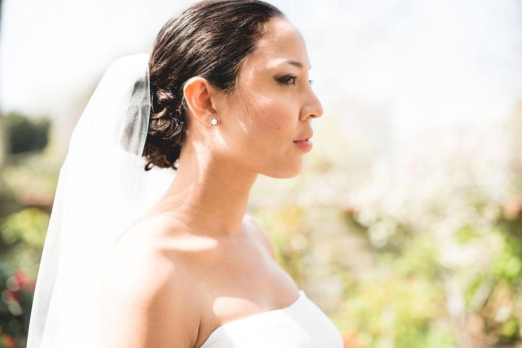 Op de mooiste dag van je leven ben je verzekerd van een prachtig kapsel in combinatie met een langdurig houdbare make-up en een gezonde, stralende huid.