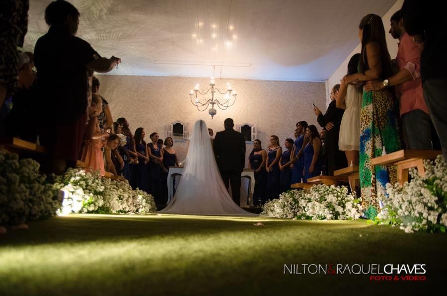 Espaço voltado a atender cerimônias religiosas, proporcionando conforto  aos noivos e seus convidados,