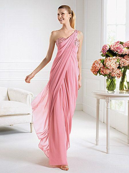 Beispiel: Mode für Brautführerinnen, Foto: Liluca Bern Festkleider.