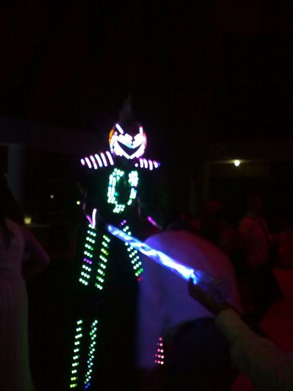 Robot Led Tubo Limbo Iluminado
