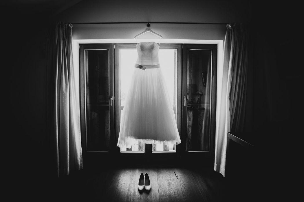 Beispiel: Details und das Brautkleid richtig in Szene gesetzt, Foto: Hochzeitsfotograf Berlin » Dennis Jauernig