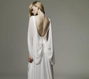 Beispiel: Kollektion 1 Brautkleid, Foto: Ambacher Vidic.