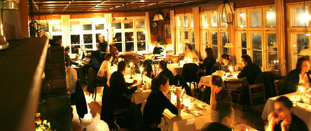 Beispiel: Feiern im Waldrestaurant, Foto: Waldrestaurant Zähringer Burg.