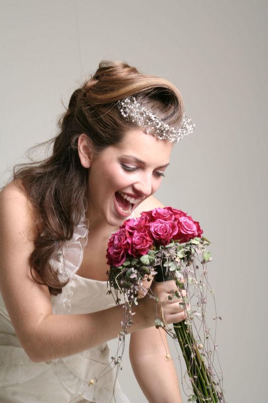 Beispiel: Hochzeitsservice, Foto: Zoe Hair & Personalty.