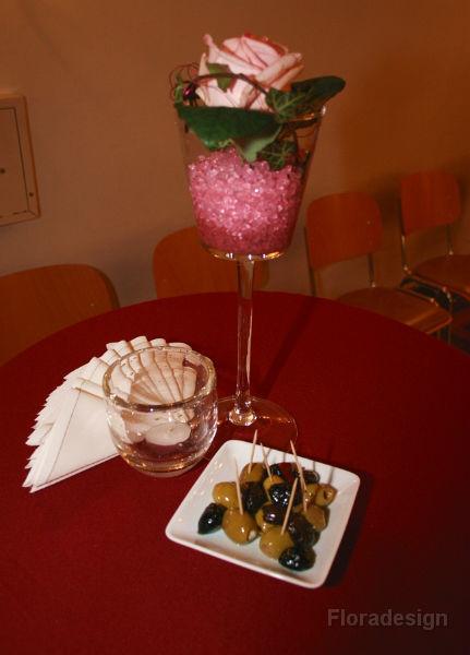 Beispiel: Tischdekoration, Foto: Floradesign.