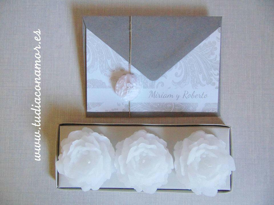 Invitaciones de boda clásicas decoradas