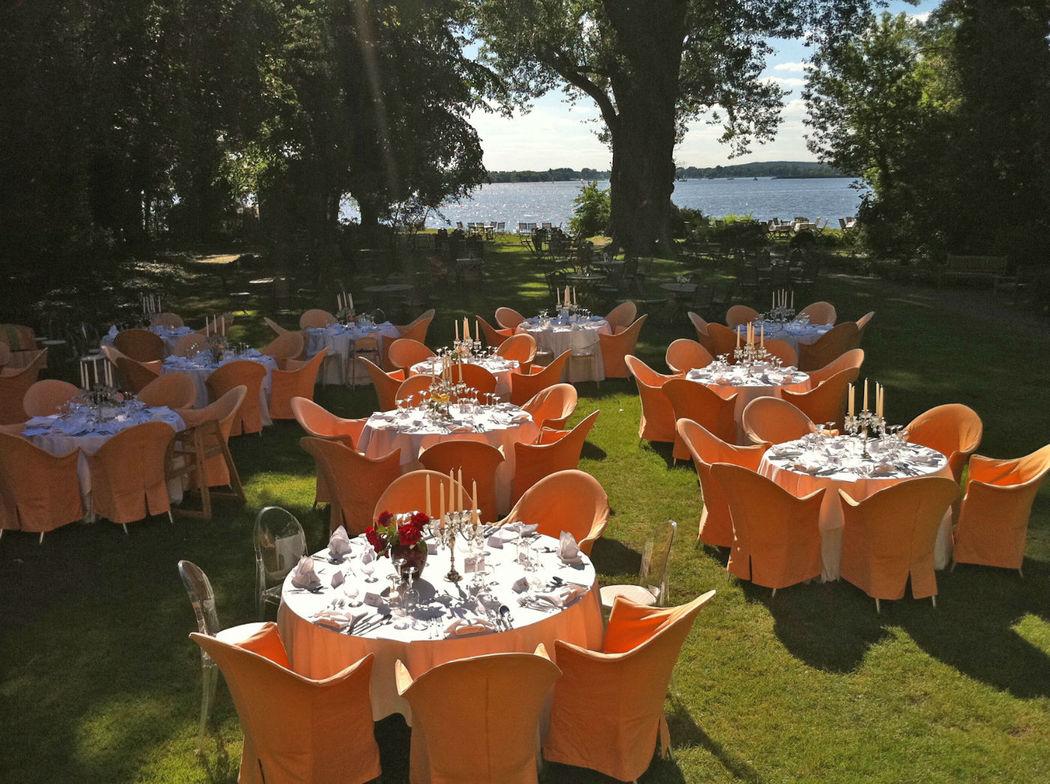 Beispiel: Hochzeitsgedecke, Foto: Gut Schloß Golm.