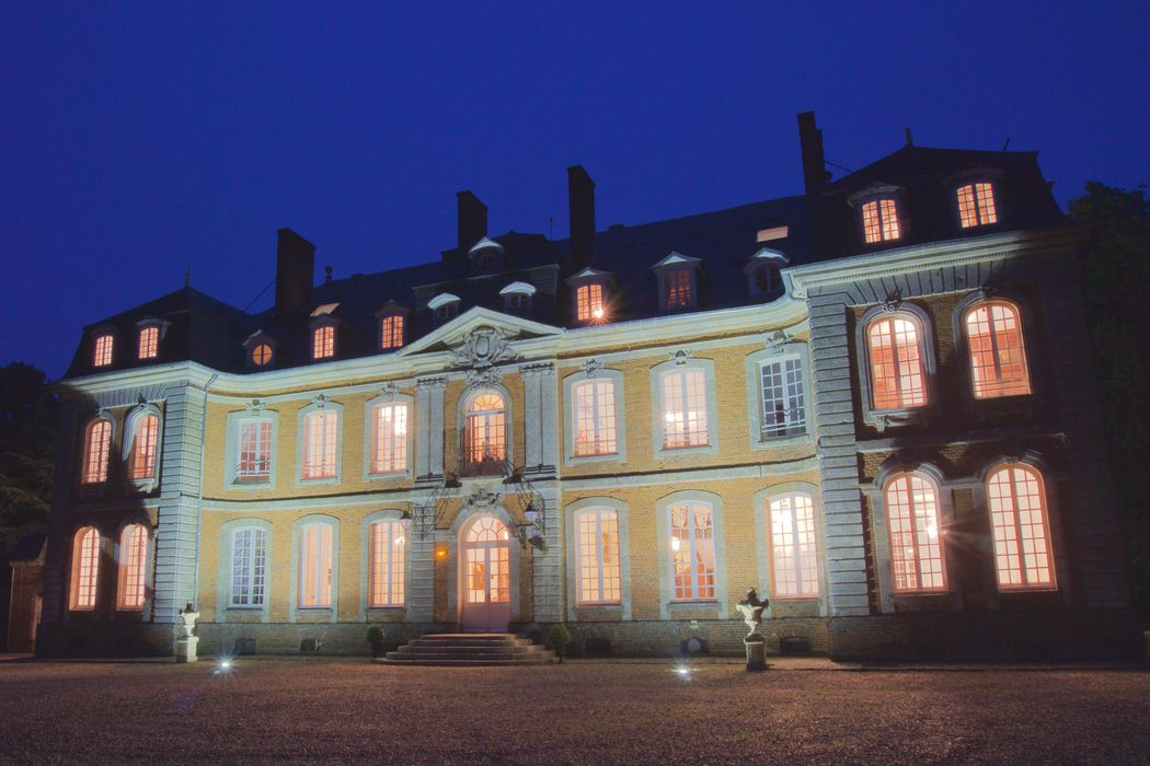 chateau to rent wedding