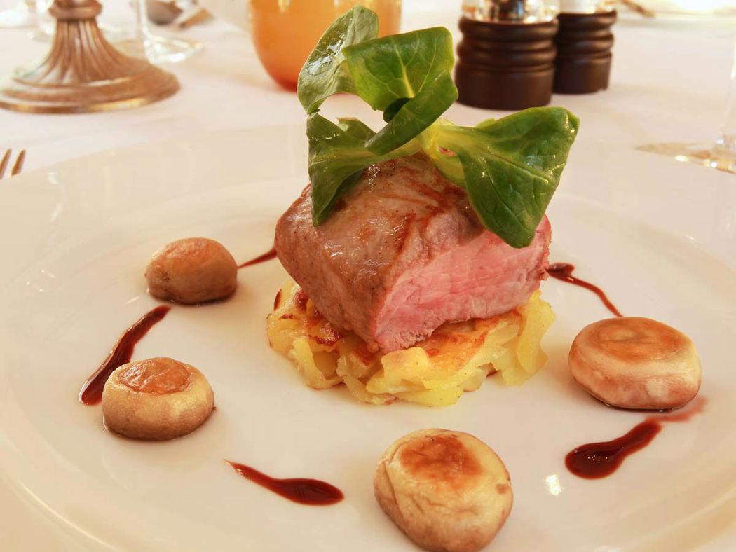 Beispiel: Kulinarische Köstlichkeiten, Foto: Schloss-Hotel Kittendorf.