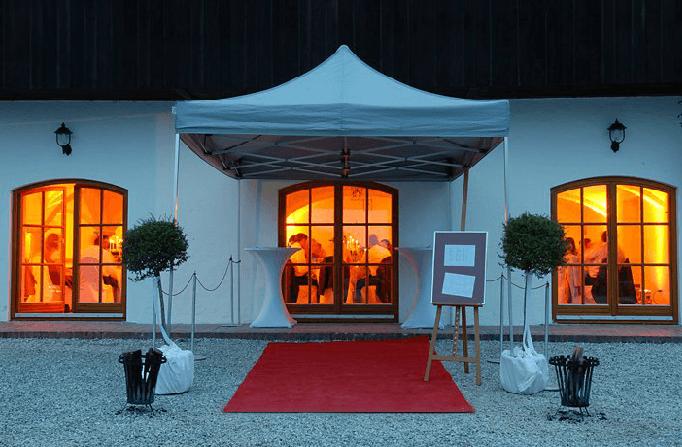 Beispiel: Eingang, Foto: Gut Thurnsberg.