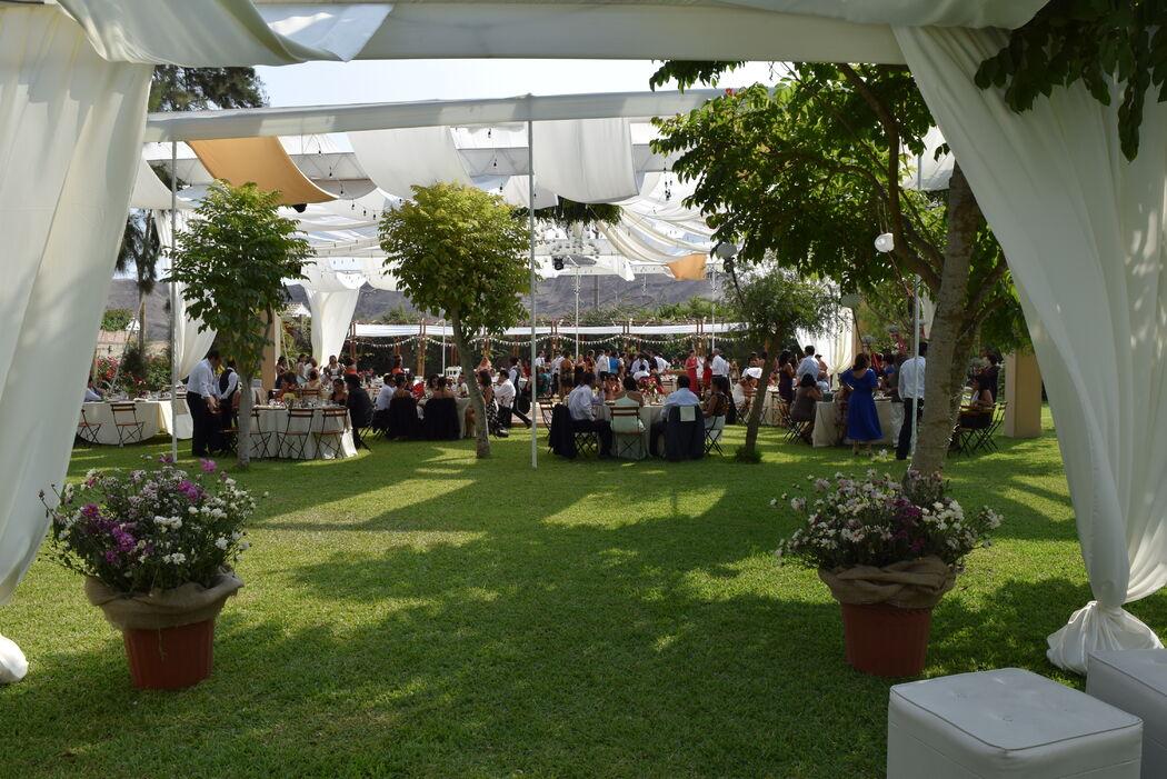 Boda Campestre - Casa La Arena De Pachacamac Concepto y diseño integral. Escríbenos y obtén nuestros servicios