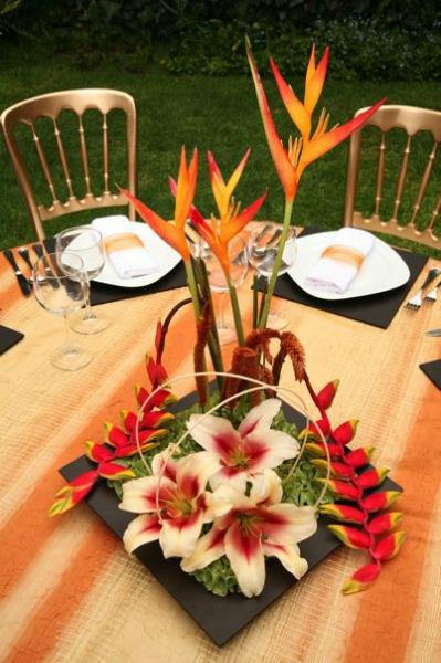 Centros de mesa para boda al aire libre - Foto Dinara Banquetes