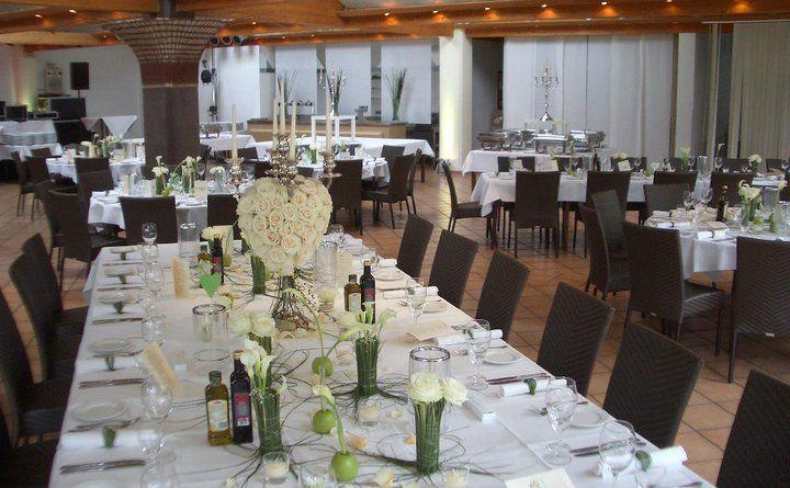 Beispiel: Hochzeitstafel, Foto: Am Krickenbecker See.