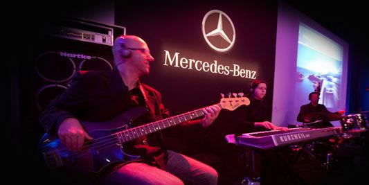 Lançanto motores Blue Tech - Mercedes Benz.