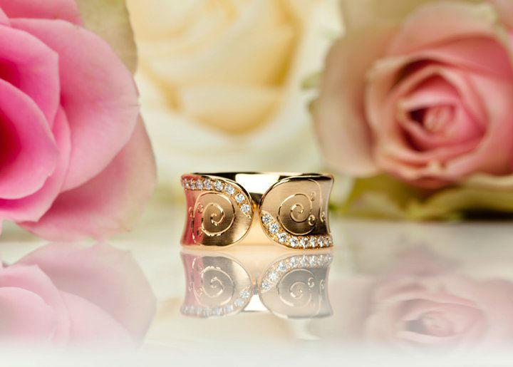 Beispiel: Einzigartige Ringe, Foto: Schmuck Julia Koenig.