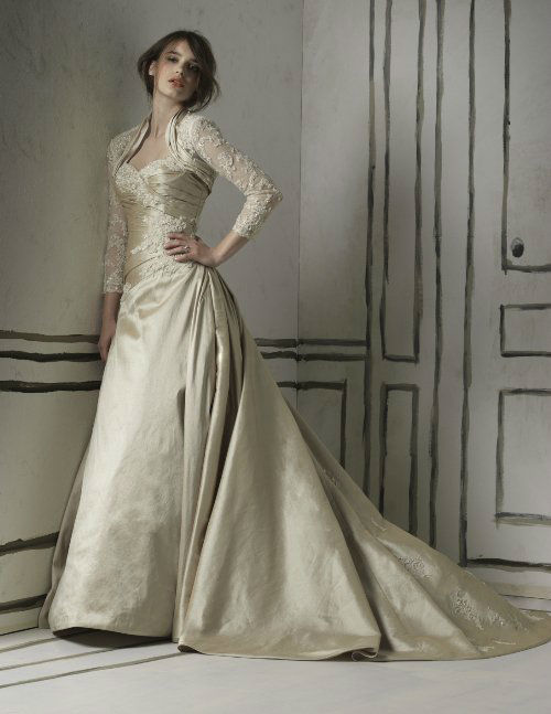 Beispiel: Kleider von bekannten Markenherstellern, Foto: Chez Janine.