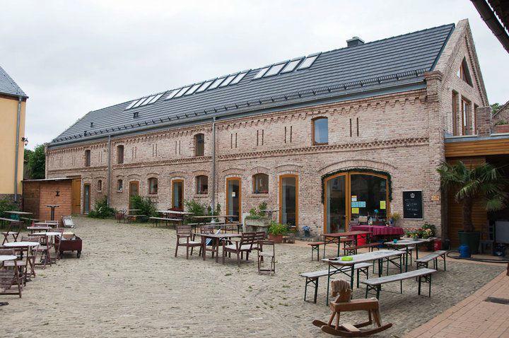 Beispiel: Der Innenhof, Foto: Storchenhof Paretz.