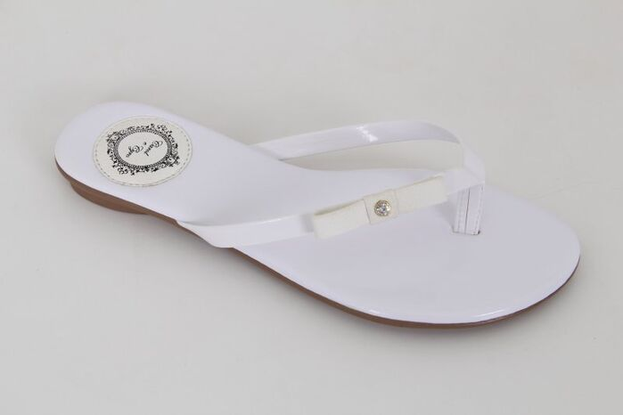 Slim Fashion Verniz Branco com Laço Chanel