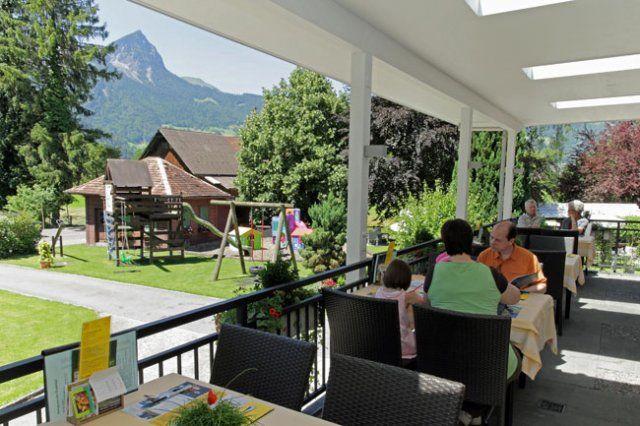 Beispiel: Terrasse, Foto: Hotel Bahnhof.
