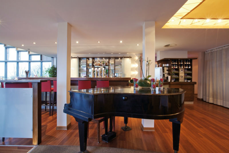 Beispiel: Piano, Foto: Hotel Ambassador.