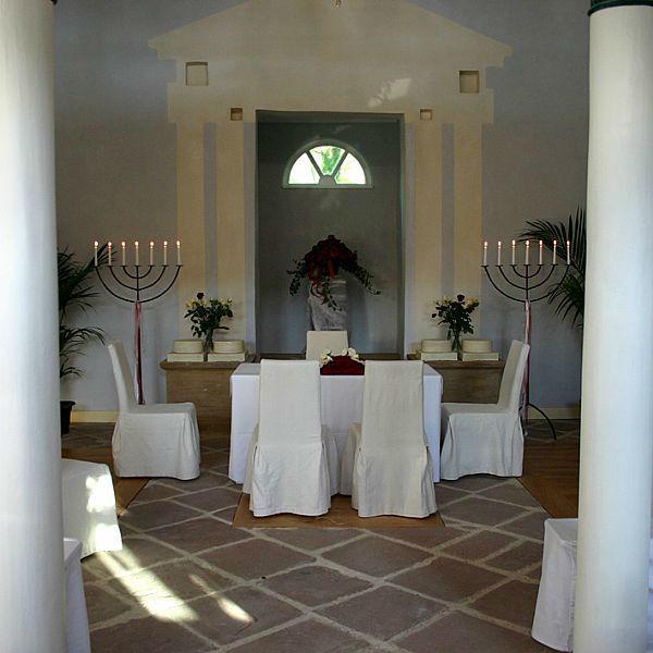 Beispiel: Trauung in ehemaliger Synagoge, Foto: Schloss Romrod.