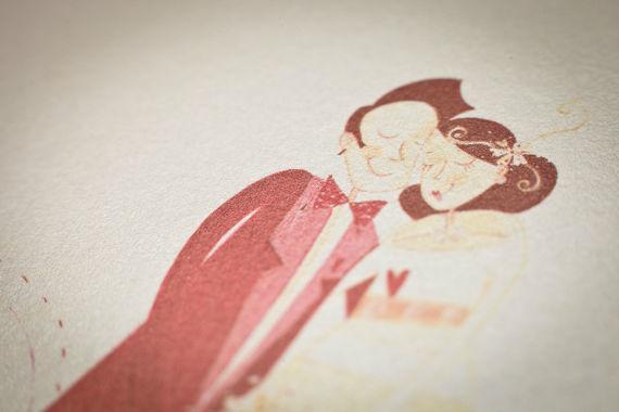 """• Cheek-to-Cheek  Fred Astaire e Ginger Rogers, de smoking e sapatos de verniz, vestido de plumas e stilettos prateados,  dançam, enlaçados e enamorados, ao som de """"Heaven, I'm in heaven, and my heart beats so that I can hardly speak, and I seem to find the happiness I seek, when we're out together dancing cheek to cheek…"""" Recomendadíssimo para os noivos mais românticos!  Este convite é impresso em fine paper acetinado. O texto é impresso a rosa e a fonte recomendada é a Chopin Script."""