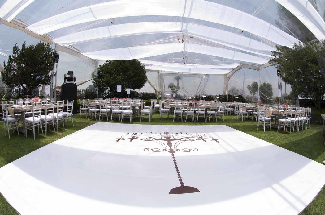 Pista Decorada y Ambientación con telas en carpa transparente