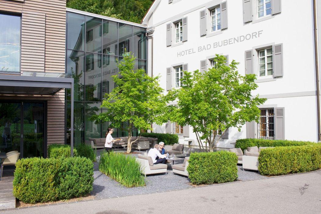 Bar-Lounge Bereich für Apéros, Foto: Hotel Bad Bubendorf.