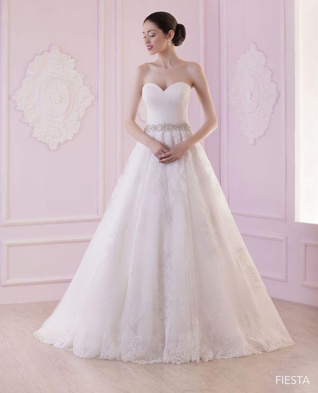 FIESTA ivoire ou blanc - collection Un jour, une mariée