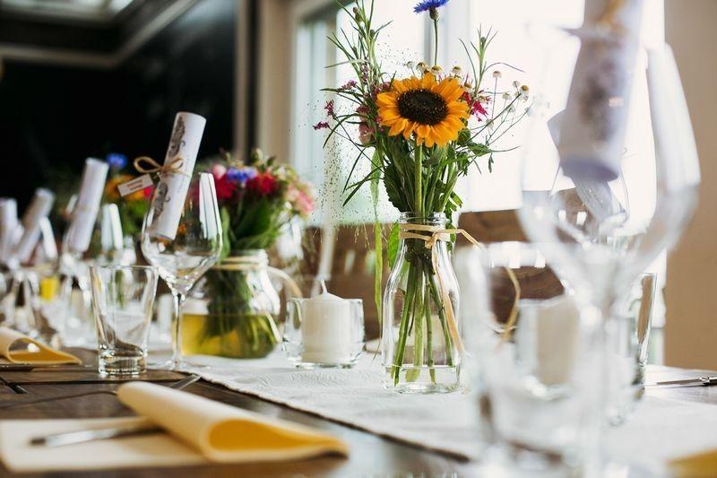 Beispiel: Tischdekoration, Foto: Trüffelschwein.