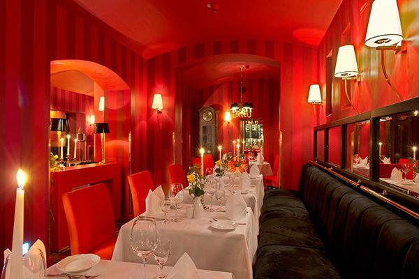 Beispiel: Restaurant, Foto: Romantik Hotel Dorotheenhof.