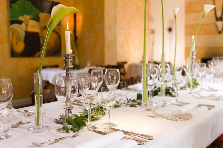 Beispiel: Romantische Tischdekoration, Foto: Hotel Zur Kloster-Mühle.